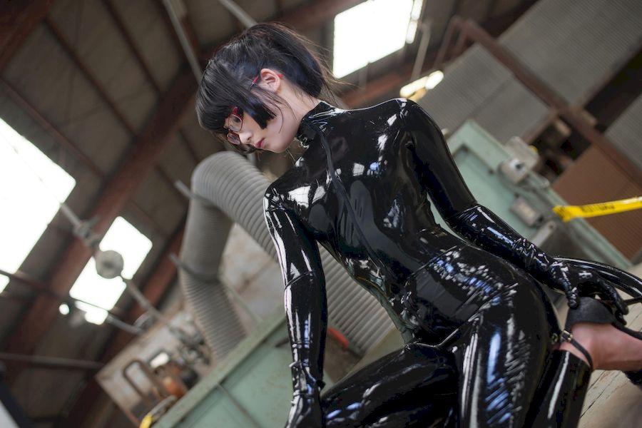 Eri Kitami北見えり(北见绘里)乳胶衣Cosplay猫女郎「三」